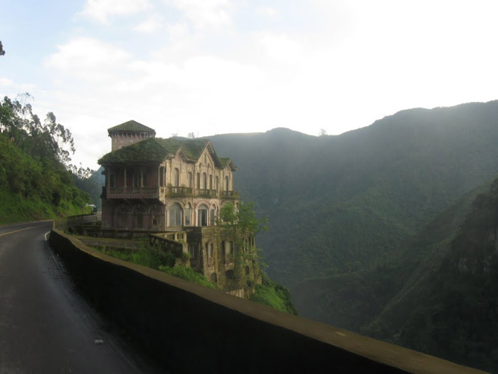 15 most beautiful abandoned places around the world for Beautiful hotels around the world